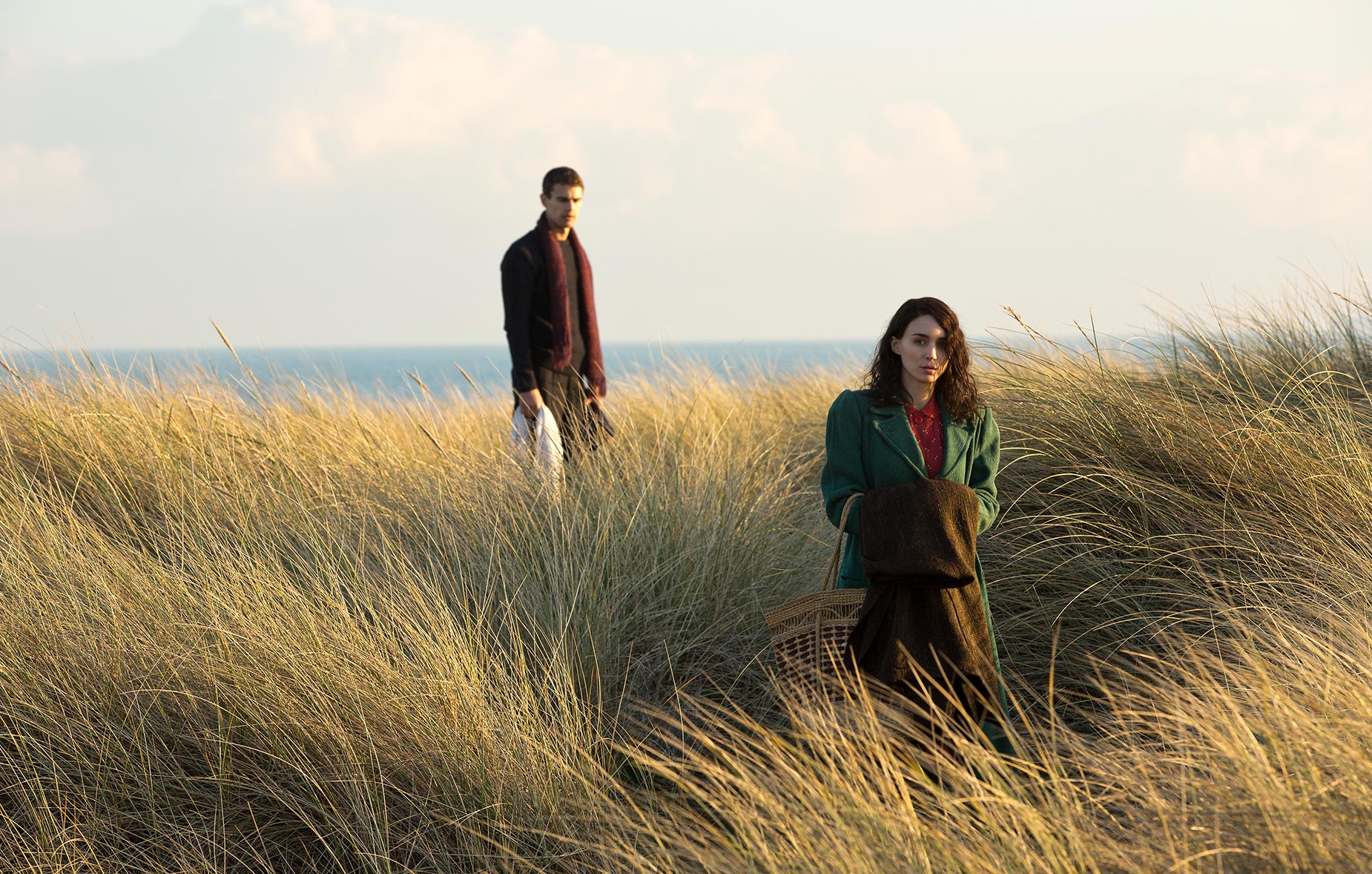 THE SECRET SCRIPTURE: Theo James and Rooney Mara (1)
