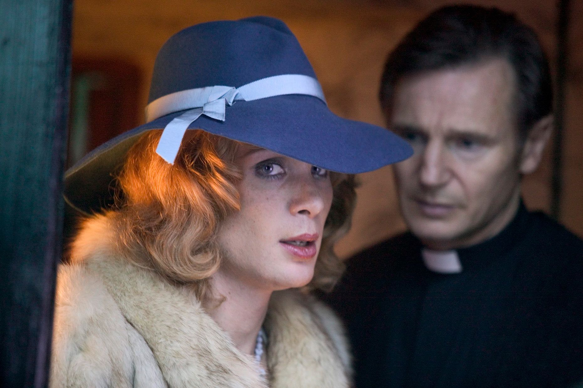 BREAKFAST ON PLUTO : Cillian Murphy and Liam Neeson (2)