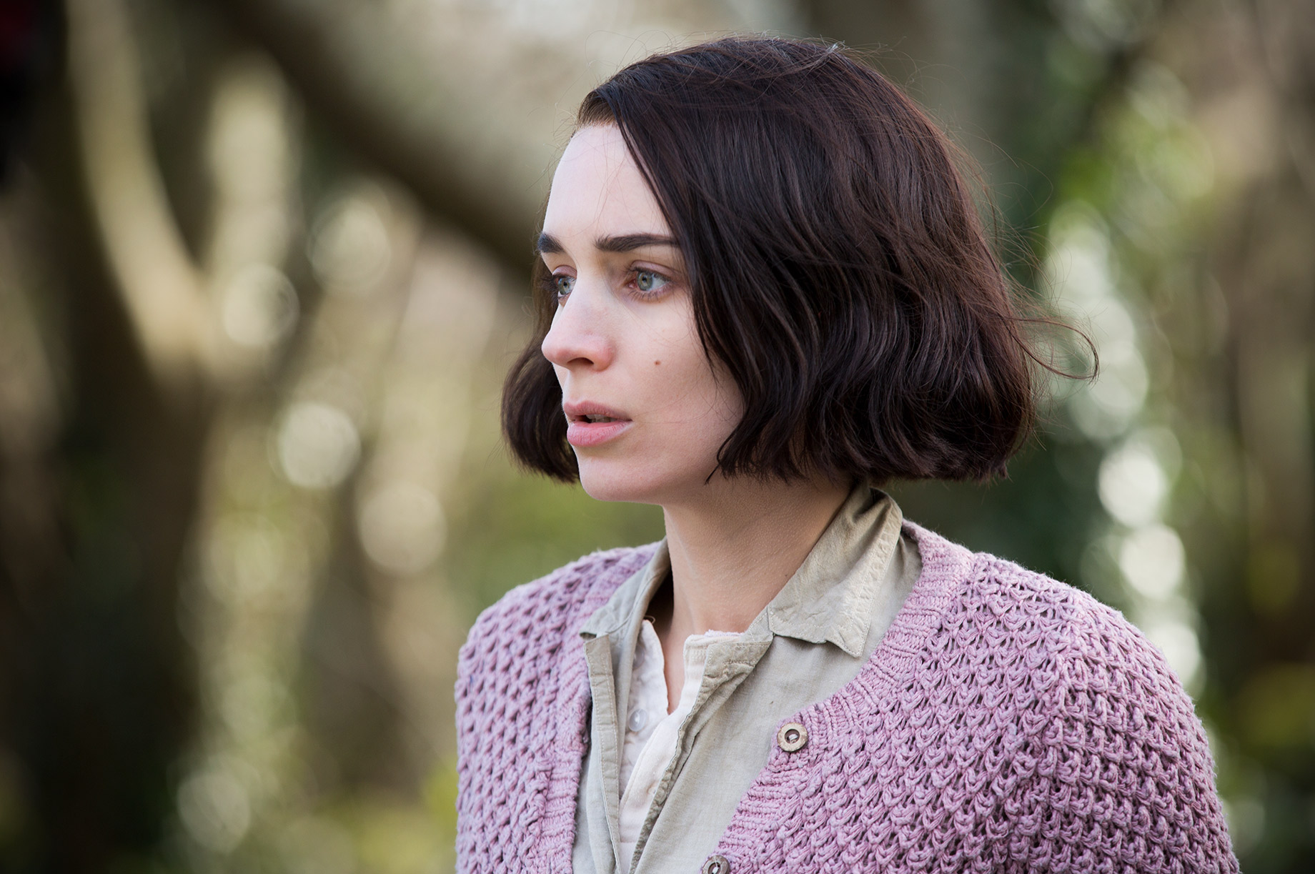 THE SECRET SCRIPTURE : Rooney Mara (11)